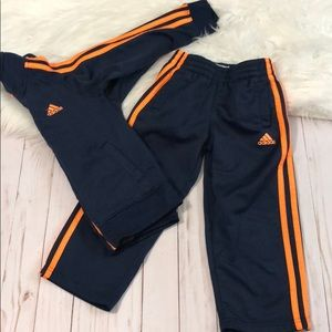 Adidas track suit size 4T